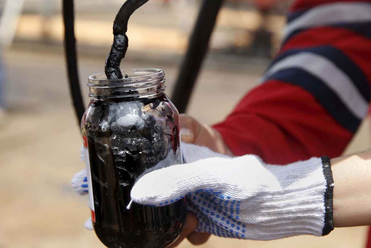 Venezuela se suma a propuesta de extensión por nueve meses de recorte petrolero
