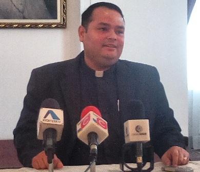 Zuliano Nedward Andrade es el nuevo párroco de la Basílica