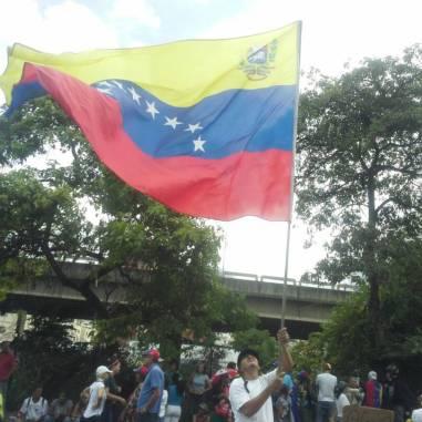 Represión impidió que manifestantes llegaran al CNE en el día 80 de protestas