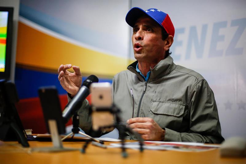 Capriles: El Gobierno quiere sembrar miedo con allanamientos