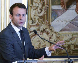 Emmanuel-Macron-VERSION-FINAL.jpg-320×260.jpg