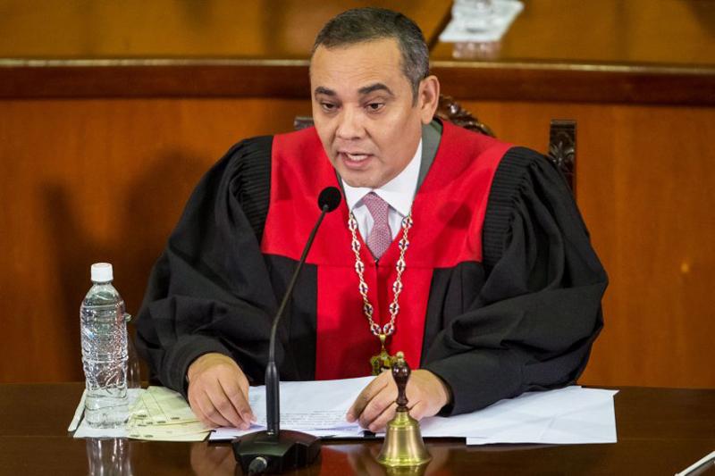 TSJ decidió arresto domiciliario para López por razones de salud