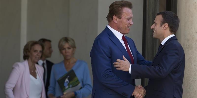 Schwarzenegger_Macron-e1498241656514.jpg