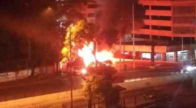 Unidad-de-Metrobús-incendida-en-La-California-e1498224697731.jpg