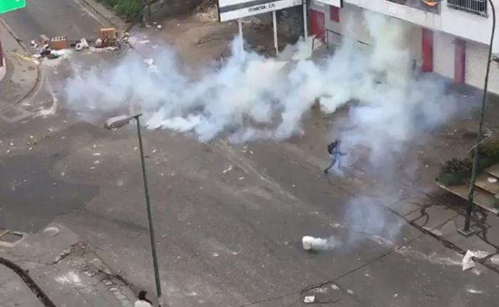 bombas-lacrimogenas.jpg