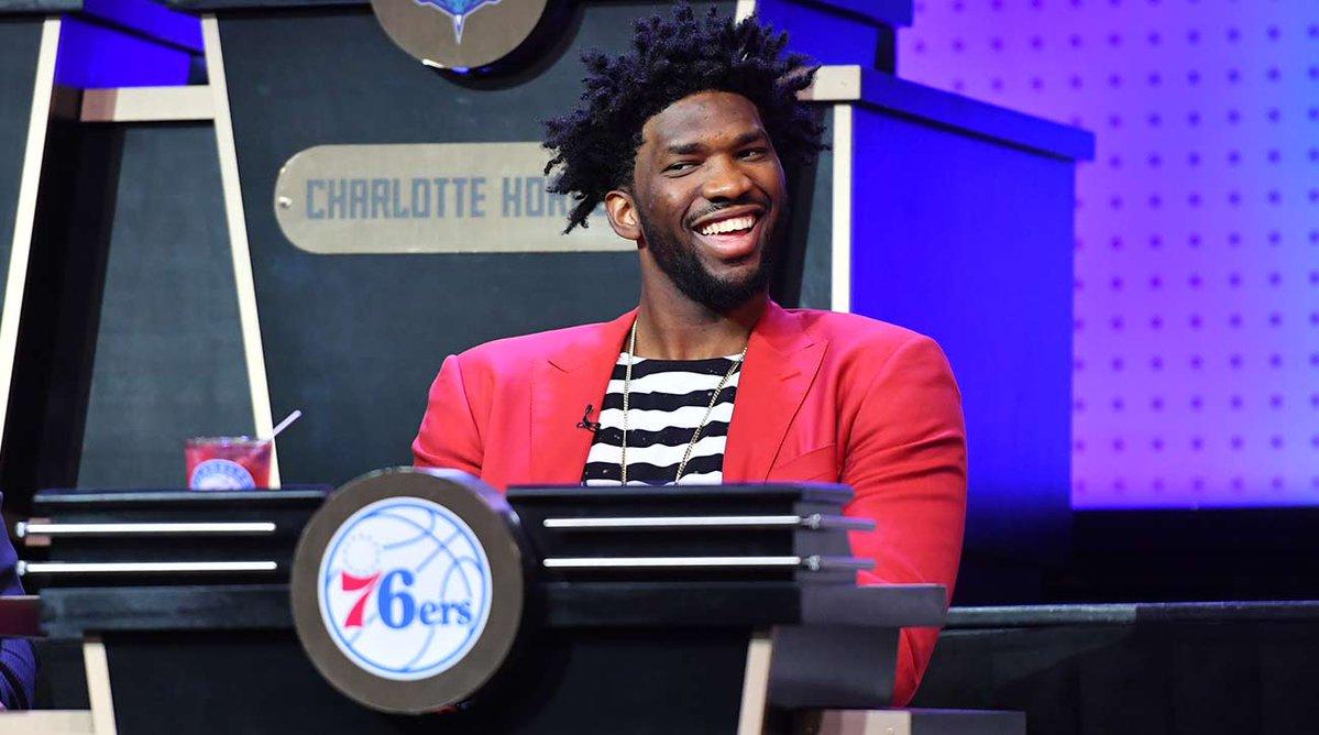 Boston cede a Filadelfia la primera selección del Draft