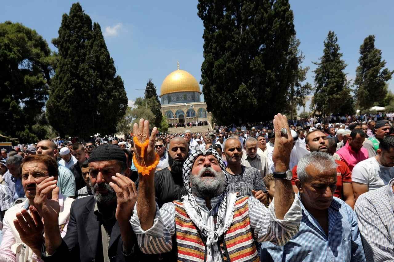 2017-06-23T112830Z_901991986_RC113C39A800_RTRMADP_3_RELIGION-RAMADAN-JERUSALEM.jpg
