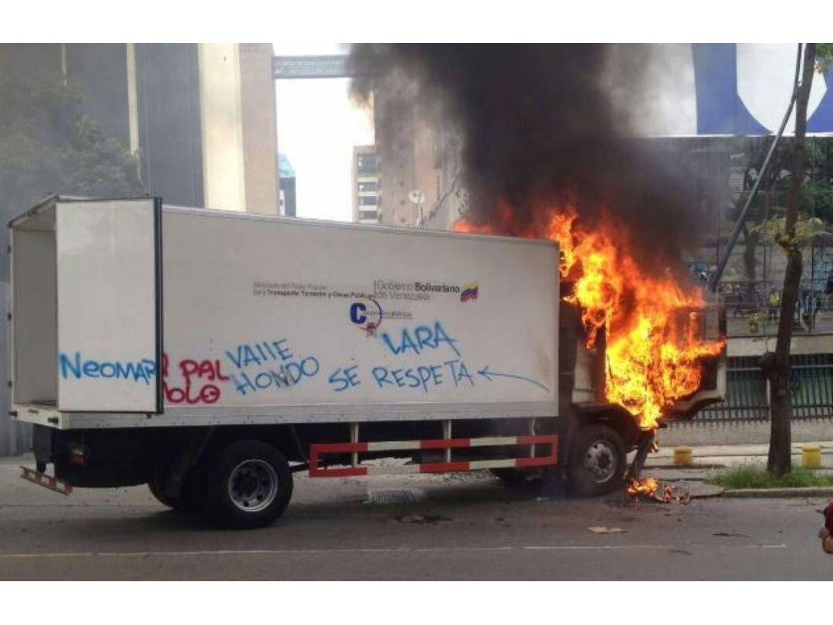 camion_incendio_el_rosal2.jpg_271325807.jpg