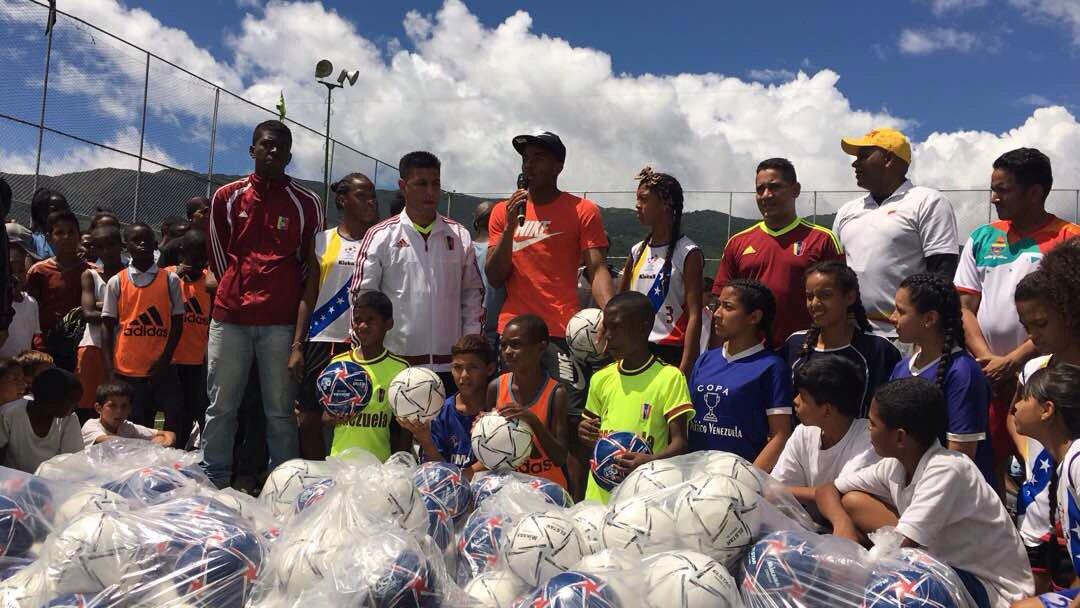 Rinden homenaje a la Vinotinto Sub-20 en Nuevo Horizonte #18Jun