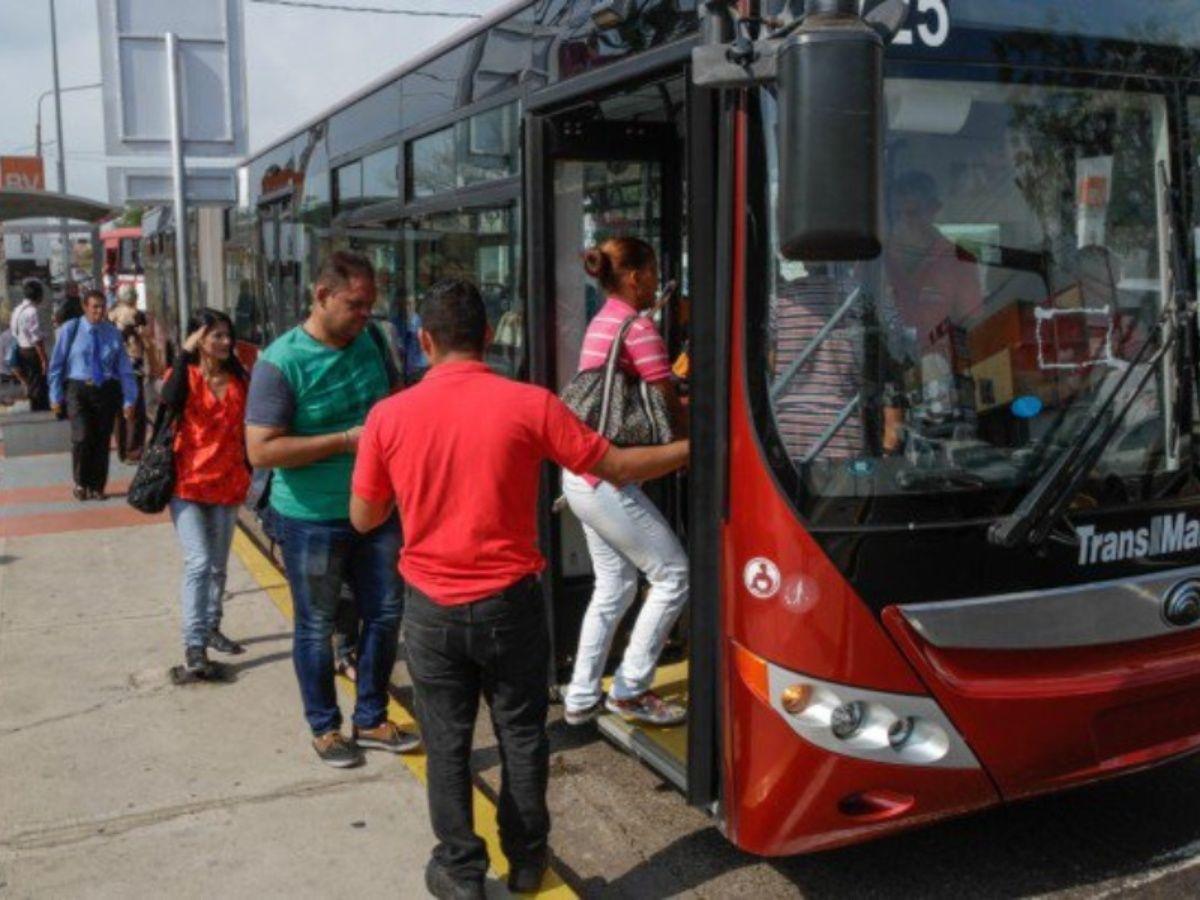metrobussss.jpg_615295525.jpg_271325807.jpg