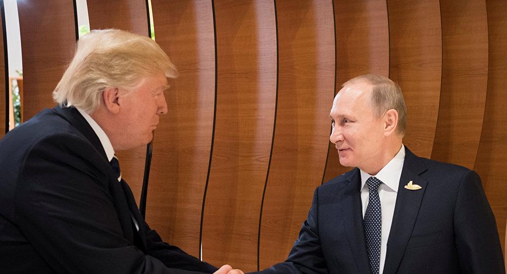 """Trump: """"Presioné 'duramente' a Putín sobre injerencia rusa en nuestras elecciones"""""""