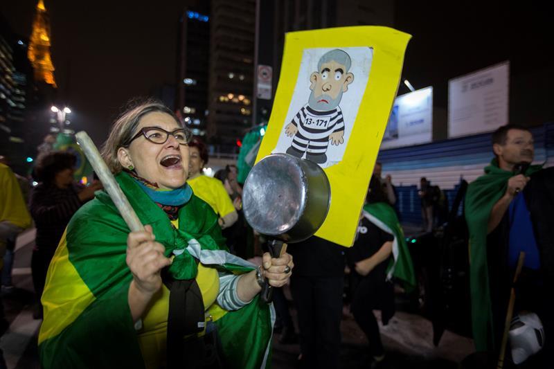Brasil-Protestas-versionfinal.jpg