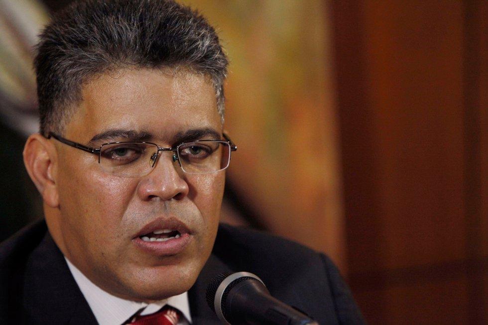 """Elías Jaua pide a la MUD """"parar la violencia"""" tras medida del TSJ a favor de Leopoldo López"""