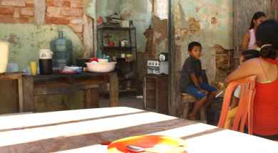 KT-SANTA-LUCIA-TRES-FAMILIAS-EN-UNA-MISMA-CASA-FOTO-KARLA-TORRES2.jpg