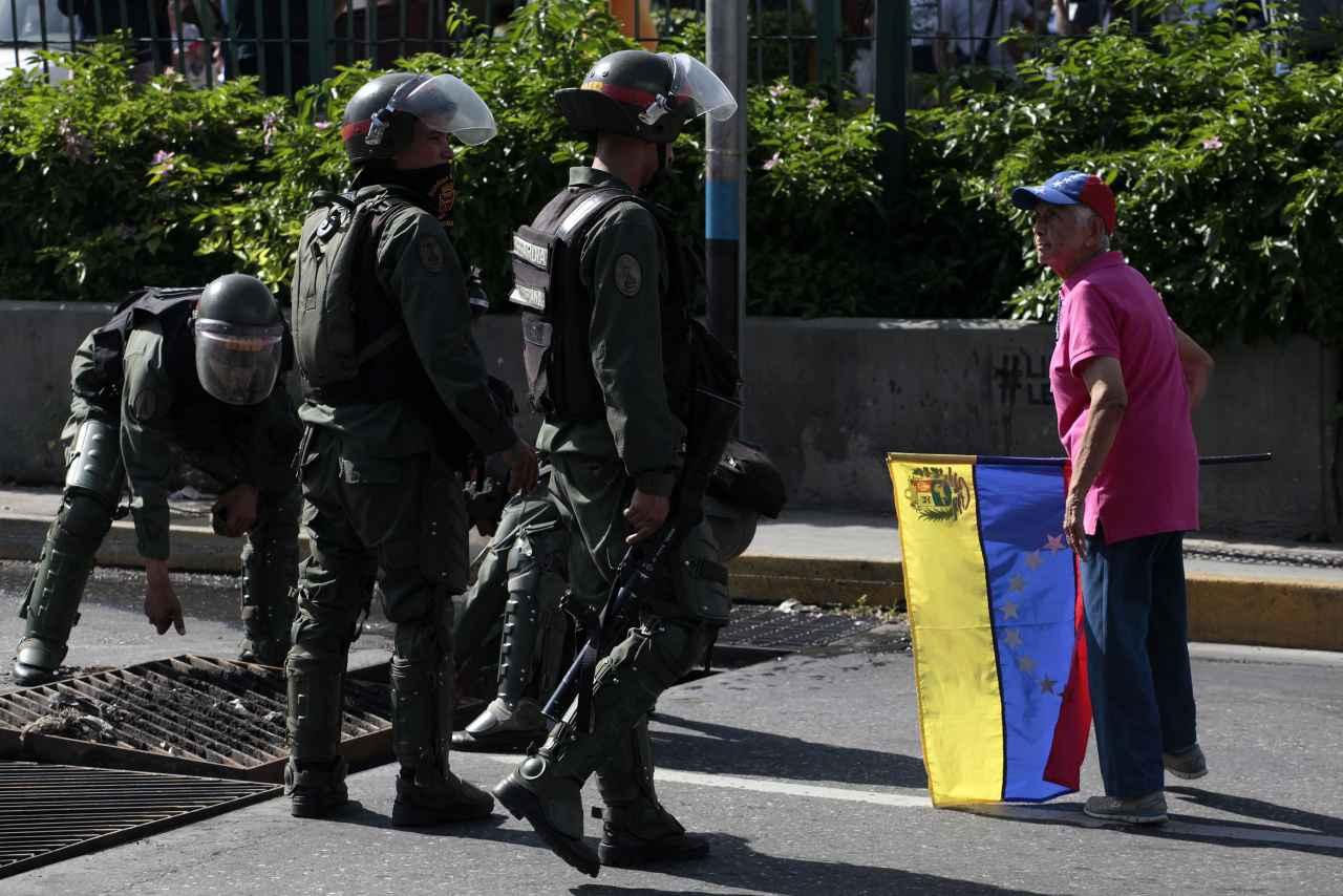 Lara: Un diputado y más de 25 manifestantes detenidos en trancazo