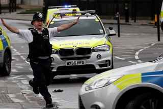 Policia-Londres-versionfinal-320×260.jpg