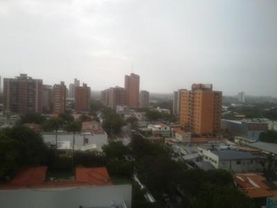 Áreas nubladas con precipitaciones pronosticó el Inameh para este domingo