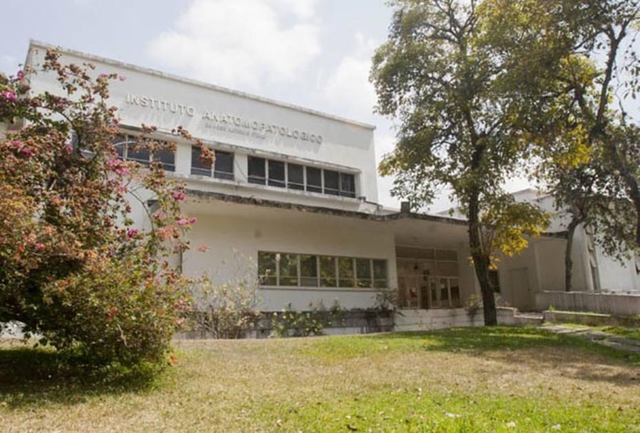 Asesinan a profesora de la UCV dentro del Instituto Anatomopatológico