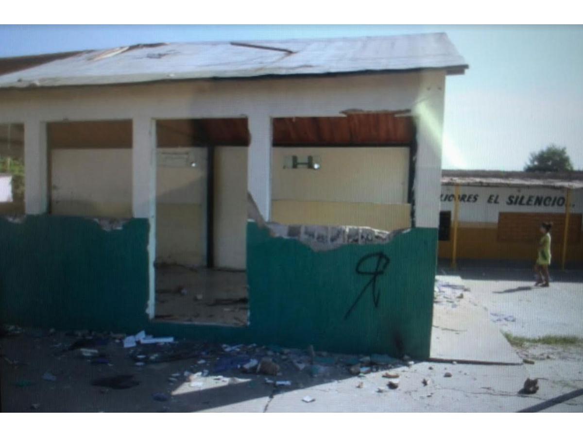Comando de la GNB fue destrozado por grupos violentos, Maracaibo