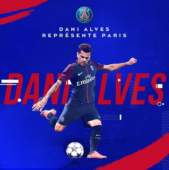 Dani Alves vestirá la camiseta del PSG hasta 2019