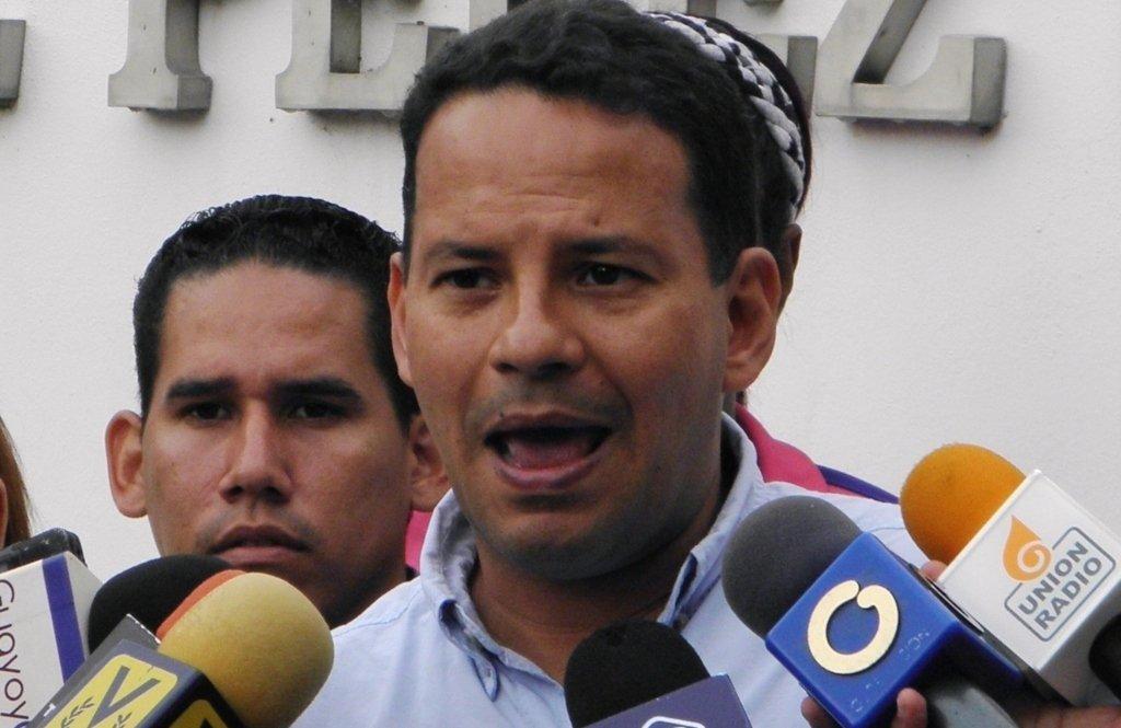 Gustavo-Mercado-3.jpg