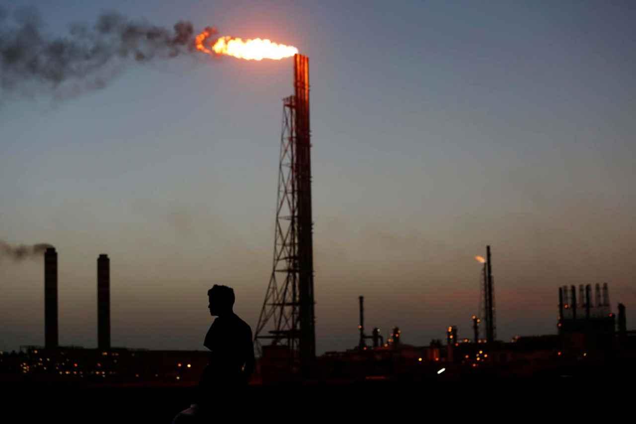 En el primer semestre, la producción petrolera de Venezuela cayó 69 mil bpd
