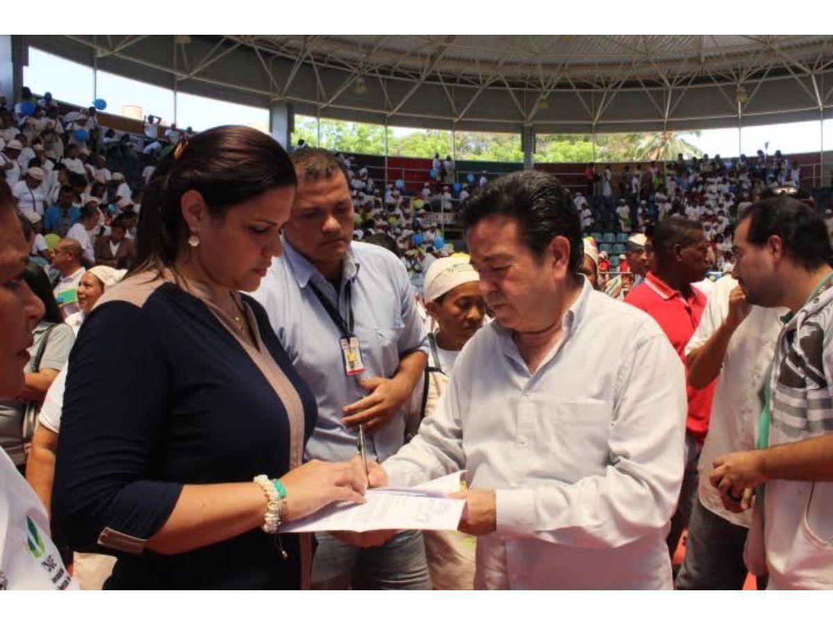Gobernación del Zulia incorpora 1 mil 802 madres colaboradoras del Paez en la nómina del Ministerio de Educación