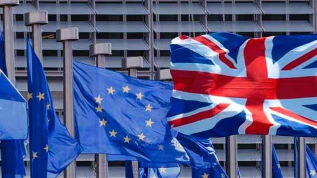 """Gobierno británico ve necesidad de """"Brexit"""" gradual"""