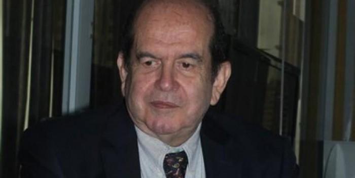 Ricardo-León-Valdés-consul-de-Chile-en-Puerto-Ordaz-700×352.jpg