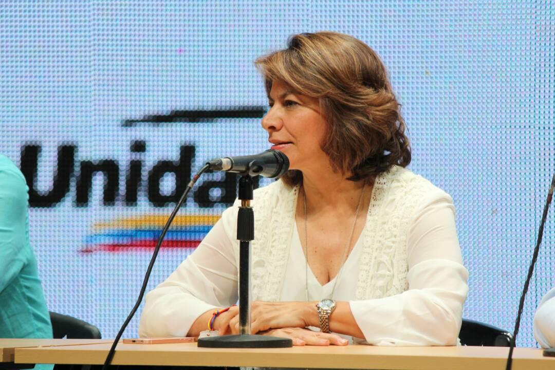 Mientras el Gobierno responde con represión, los venezolanos responden con votos