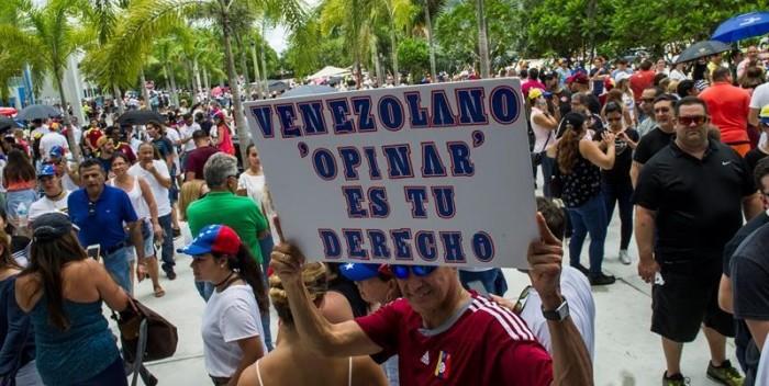 MUD felicitó a los venezolanos por su histórica participación en consulta soberana