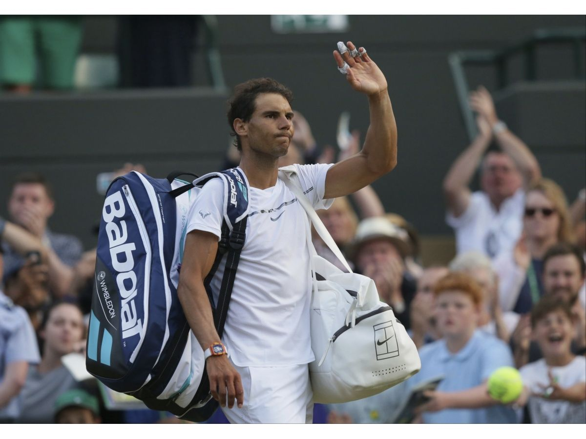 Nadal cae en 5 sets en Wimbledon; Muguruza elimina a Kerber