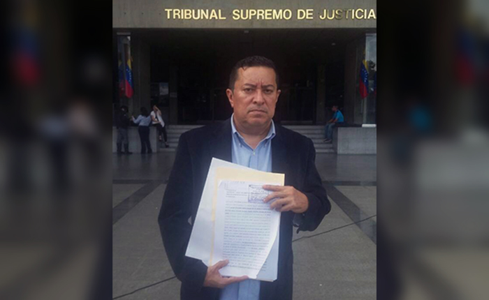 Padres de Juan Pernalete solicitan antejuicio de mérito para seis altos funcionarios por delitos contra su hijo y familia
