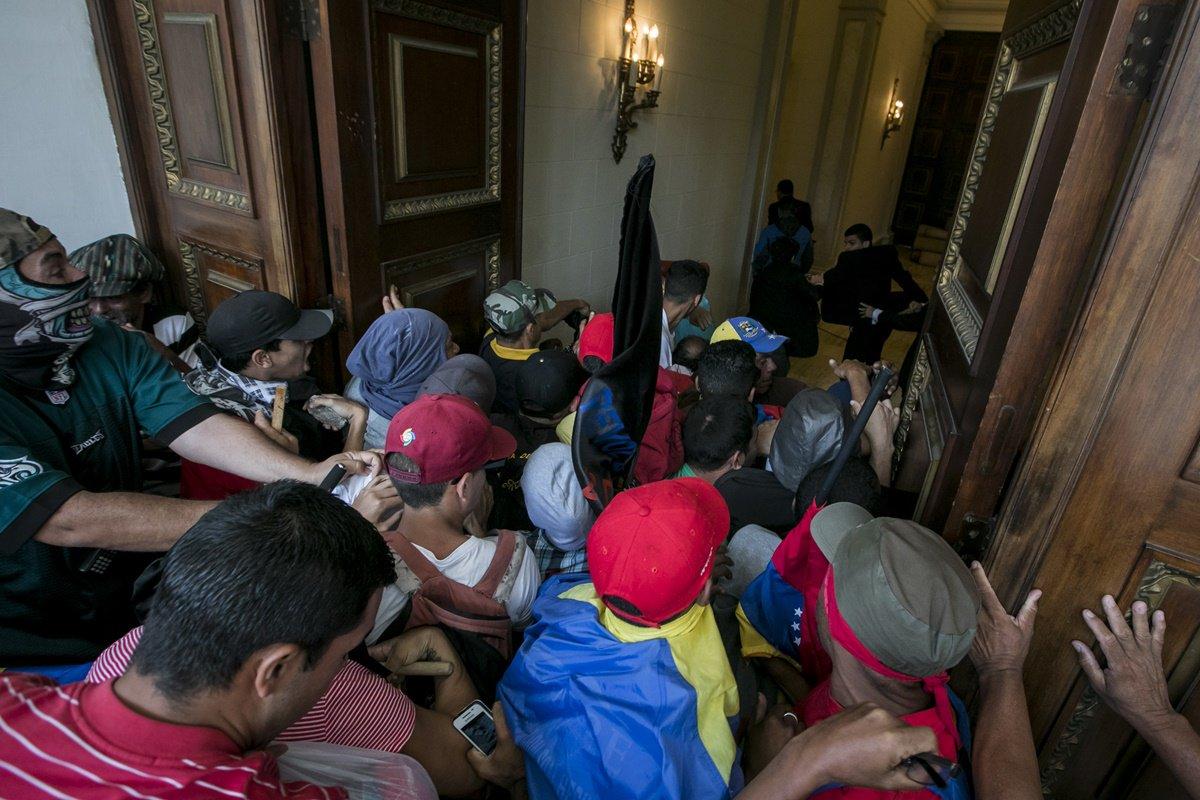 Panamá condena violencia en la Asamblea Nacional de Venezuela (Comunicado)