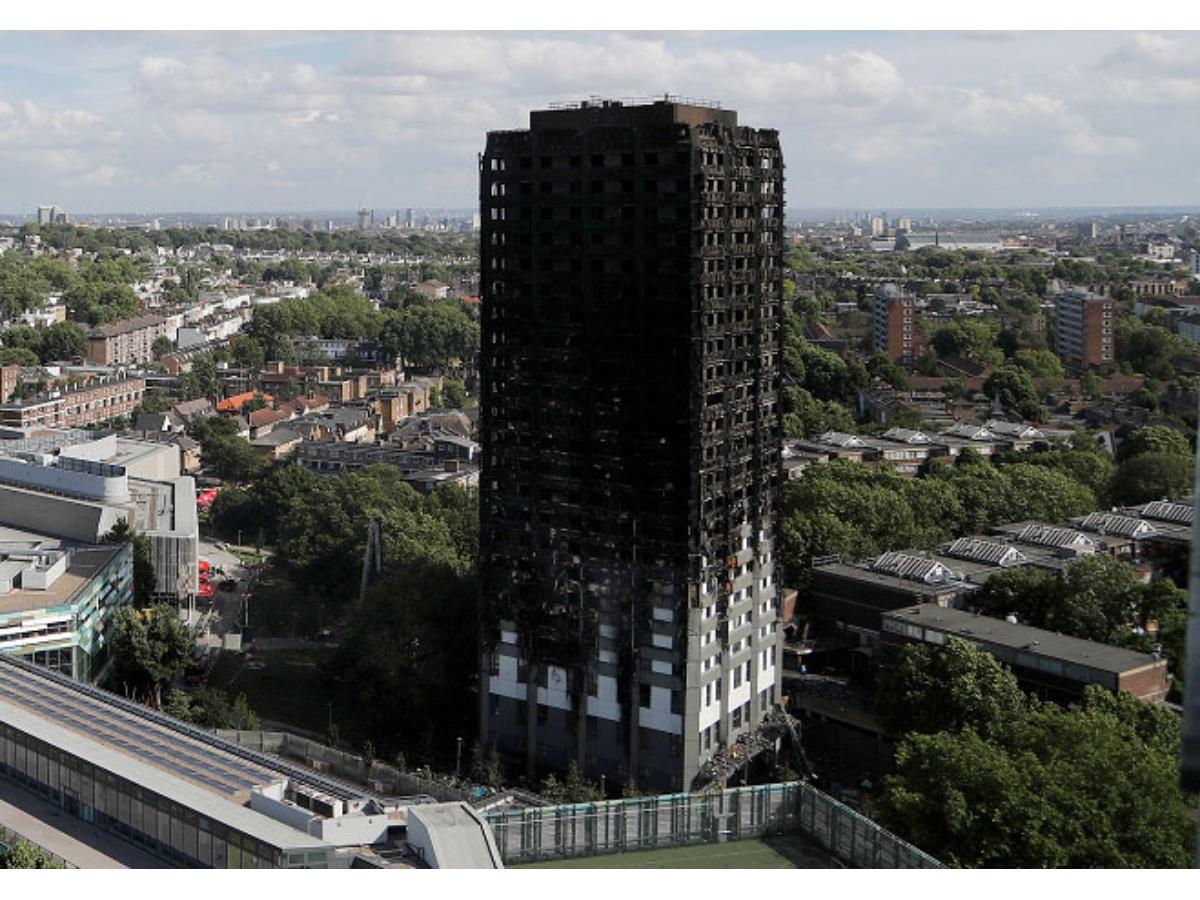 Solo 32 de las 80 víctimas del incendio en edificio de Londres han sido identificadas