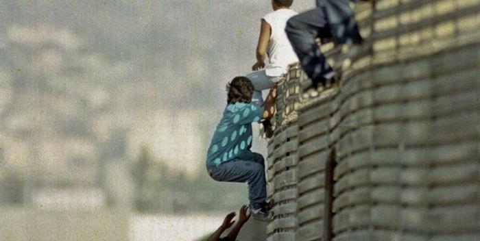 TRÁFICO HUMANO   EE.UU. inicia detenciones de padres que pagan para traer a sus hijos