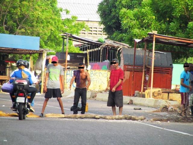 ¿Vandalismo? El cobro de peaje en la ciudad en tiempos de trancazos
