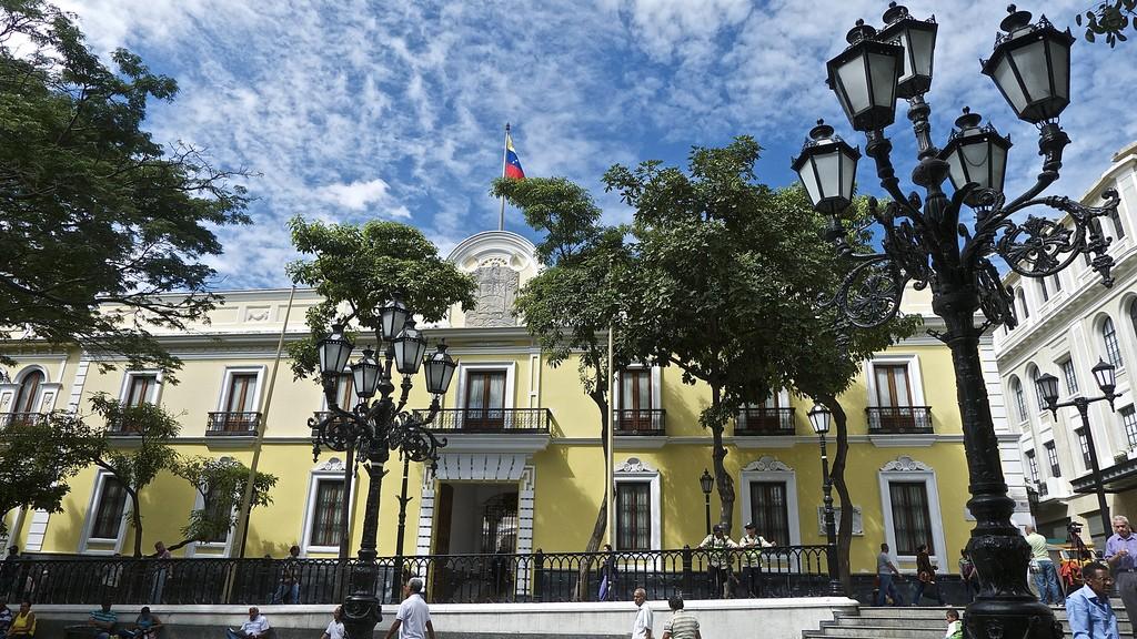 Venezuela responde a pronunciamientos de algunos Gobiernos sobre incidente en el Parlamento (Comunicado)