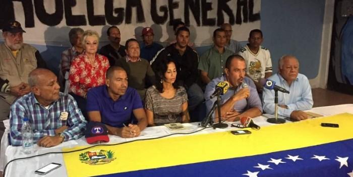 Alberto-Maldonado-presidente-de-Fetratachira-llaman-a-huelga-general-el-26-julio-800×600-700×352.jpg