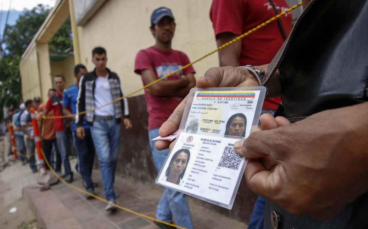 Más de 22 mil venezolanos tramitaron PEP en Colombia en un día