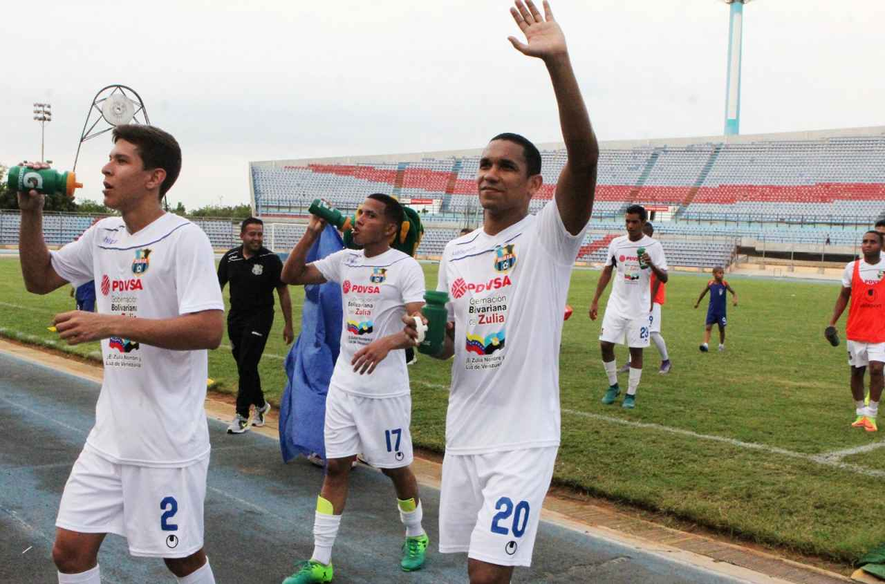 AT-ZULIA-FC.-VS-TITANES-ANDRES-TORRES.jpg