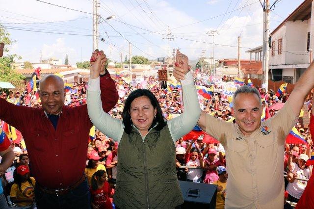 Formalización de candidaturas a las regionales comienza con un oficialismo apurado
