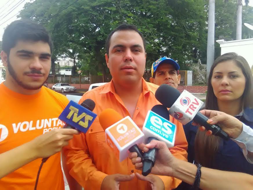 Luis-Duque-y-Rolman-Rojas-se-encuentran-detenidos-en-la-DIEP-de-Maracay.jpe