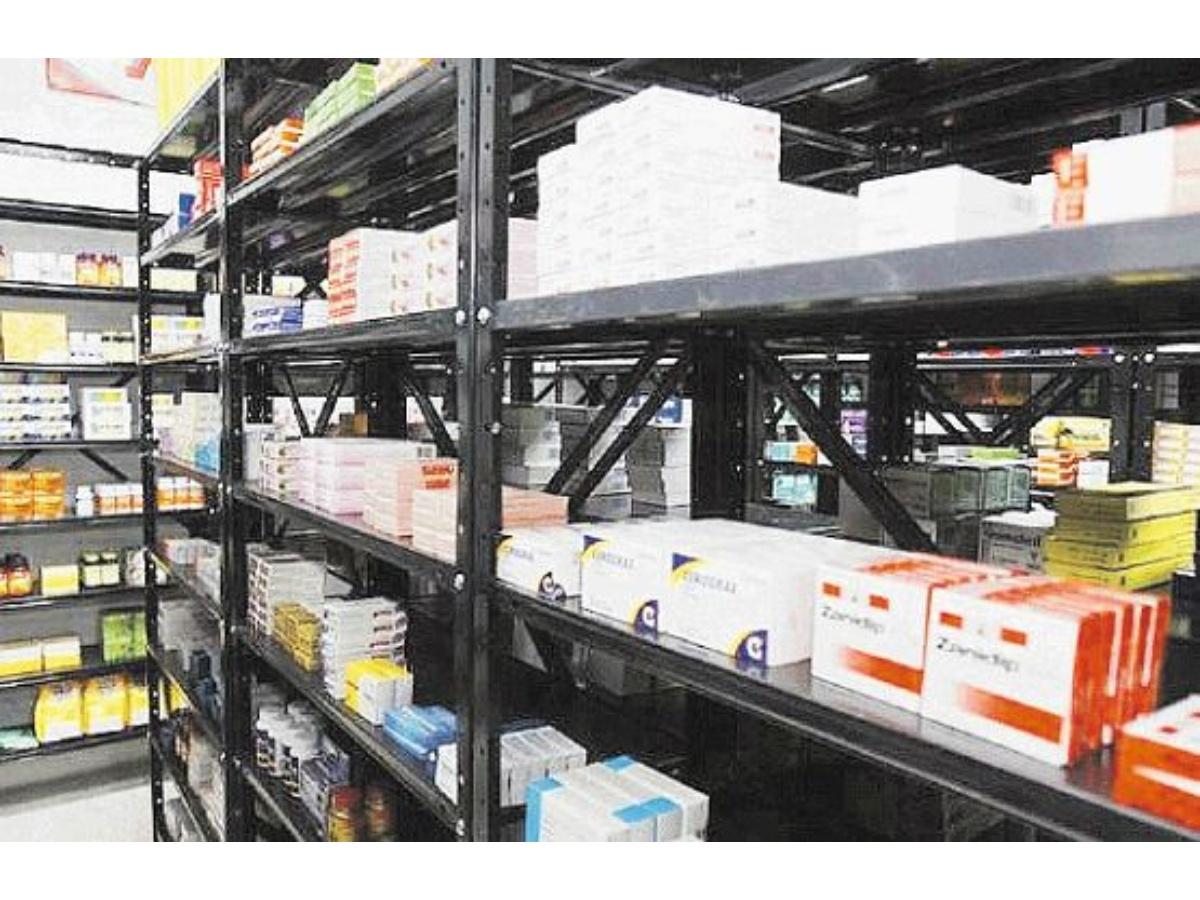 Arrancó plan de distribución de medicamentos para 241 hospitales del país