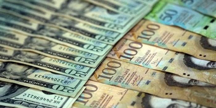 bolivares-dolares-e1500994226292-700×350.jpg