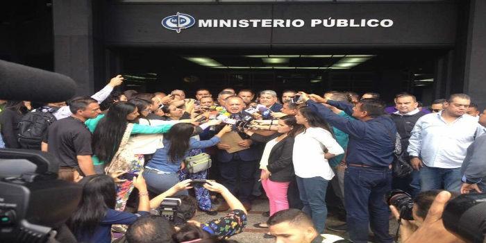 Diosdado-Cabello-denuncia-en-MP-700×350.jpg