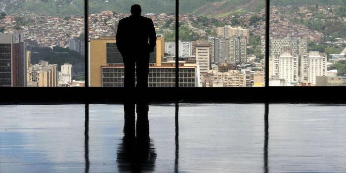 Descubre quién es el único venezolano en la lista de los 500 más ricos del mundo