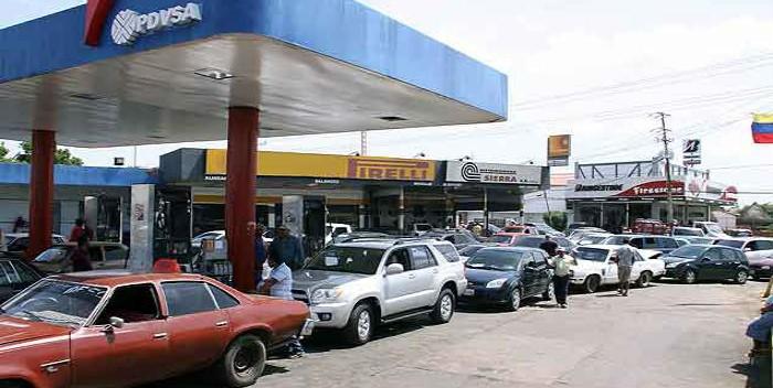 LARGAS COLAS | Escasez de combustible paraliza el transporte público en Táchira