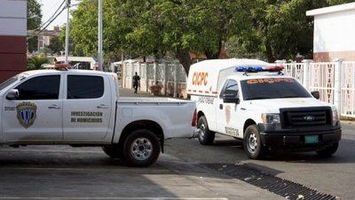 Moradores encuentran cadáver de un hombre en plena vía pública de Semprúm
