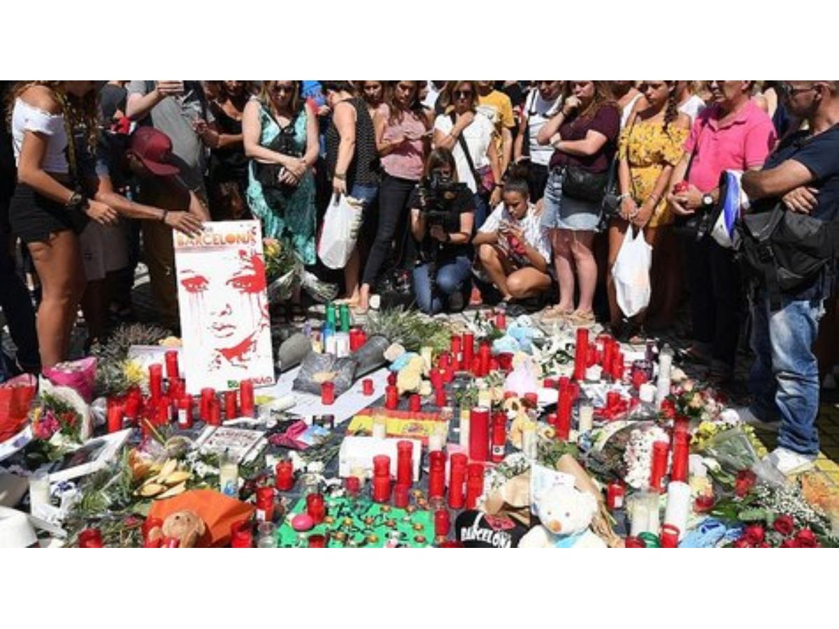 atentado-en-barcelona-ident-jpg_475x265.jpg_271325807.jpg